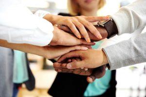 Virutelle Teams, Zusammenarbeit, Teamwork, Teamarbeit, Vertrauen, Vertrauensbasierte Führung, Teams