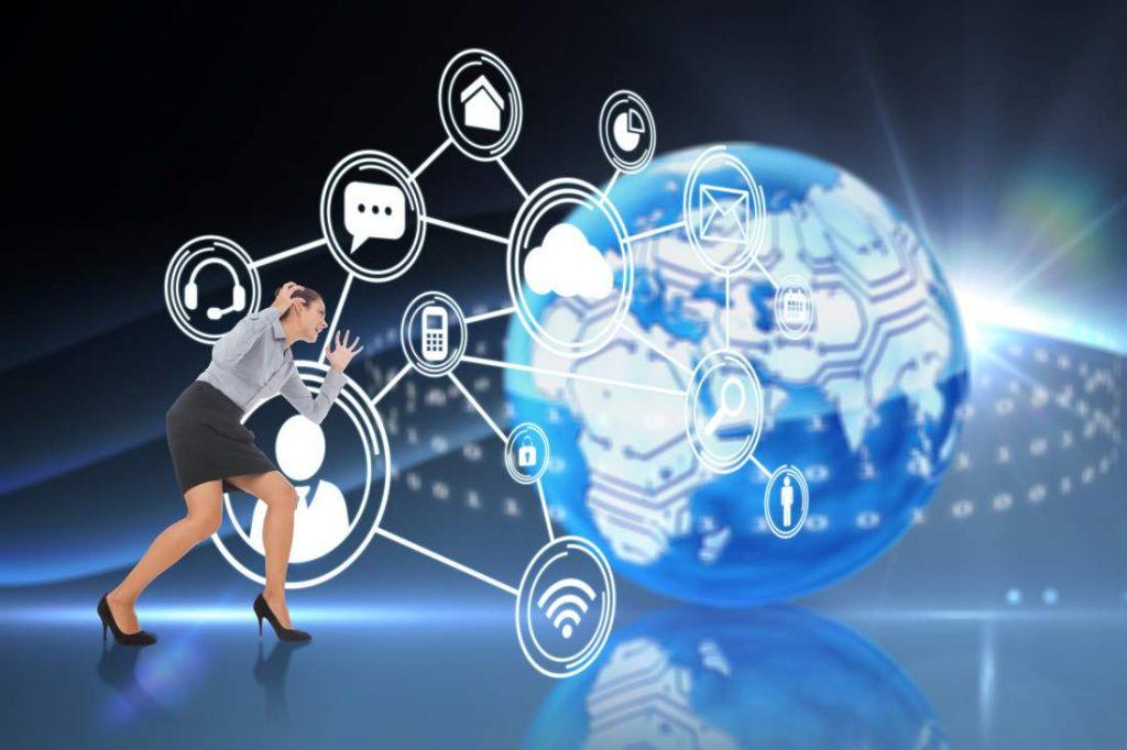 Frau, Herausforderung, Vernetzung, global, digitalisierte Welt, Digitalisierungsoffensive, Digitale Transformation, People Management