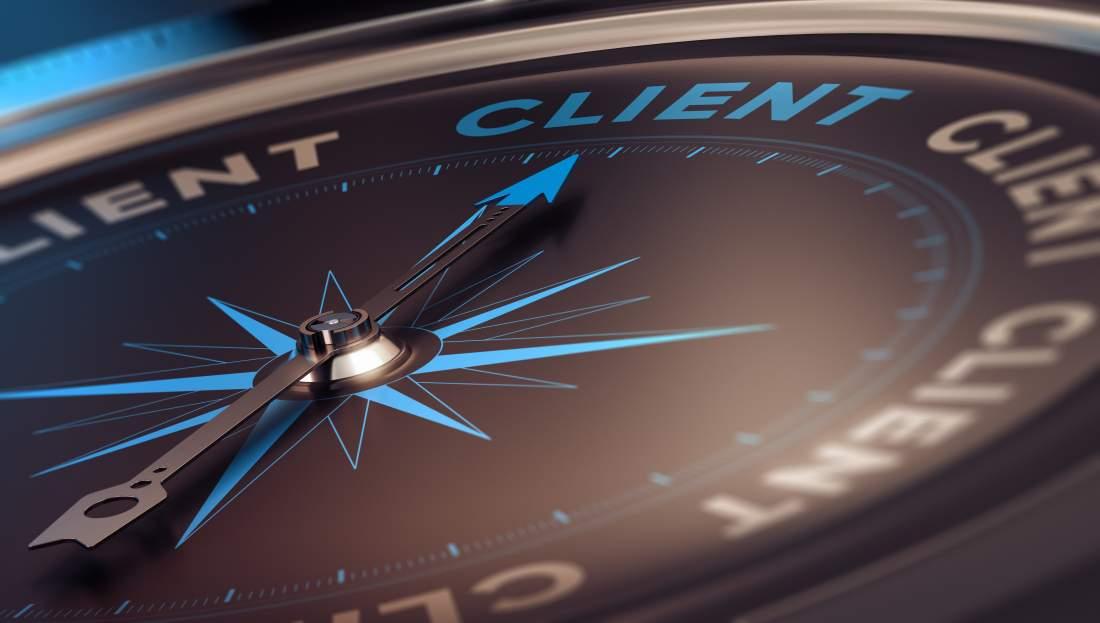 Customer Centricity, Kompass, Client, Customer Service Excellence, Customer Retention, Customer Loyalty, Customization, Servitization, kundenorientiertes Denken und Handeln, kundenorientierte Unternehmenskultur, Wettbewerbsfähigkeit, Digitalisierung, Kundenerwartungen, Zukunftsfähigkeit sichern