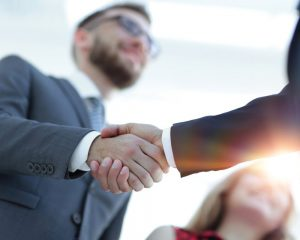 Hände, Händeschütteln, Handshake, touchpoint, Kundenkommunikation, Geschäftsabschluss