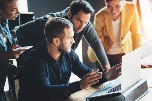 Richtig mit Emotionen im Unternehmen umgehen, Emotionen im Unternehmensalltag, Führungskräfte und Emotionen, Unternehmenskultur und Emotionen, richtig mit Gefühlen im Unternehmen umgehen, Gefühle im Unternehmensalltag, Führungskräfte und Gefühle, Unternehmenskultur und Gefühle, TCI-Blog, Transformation Consulting International, TCI GmbH, Change Management, Führungskräfte Tipps, Mitarbeiterführung