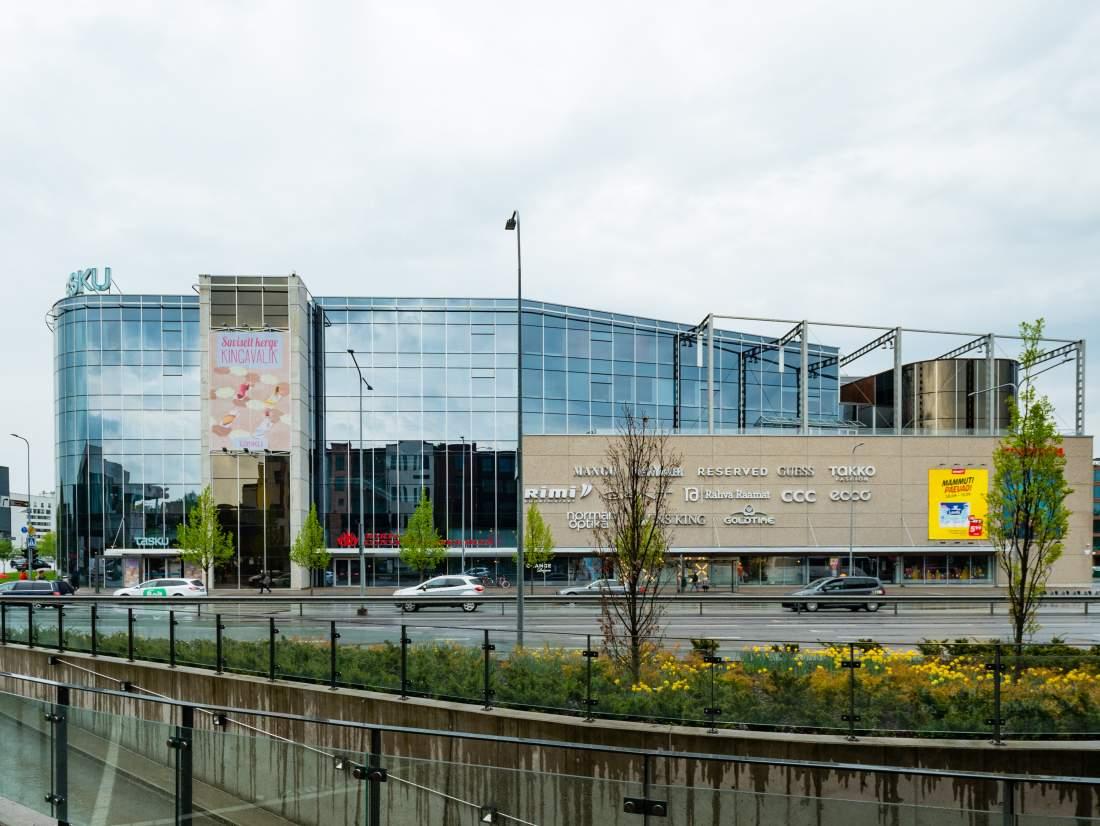 Kesku, Shopping Center, Einkaufszentrum in Tartu, Estland, E-Estonia, modernes Einkaufszentrum, Digitalisierung, Wirtschaftlicher Aufschwung, Digitaler Wandel, digitaler Staat
